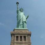 http://www.tripnewyork.nl/wp-content/uploads/2014/04/Statue-of-Liberty-39353.jpg